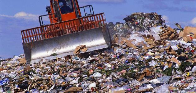 تحويل النفايات الصلبة إلى طاقة