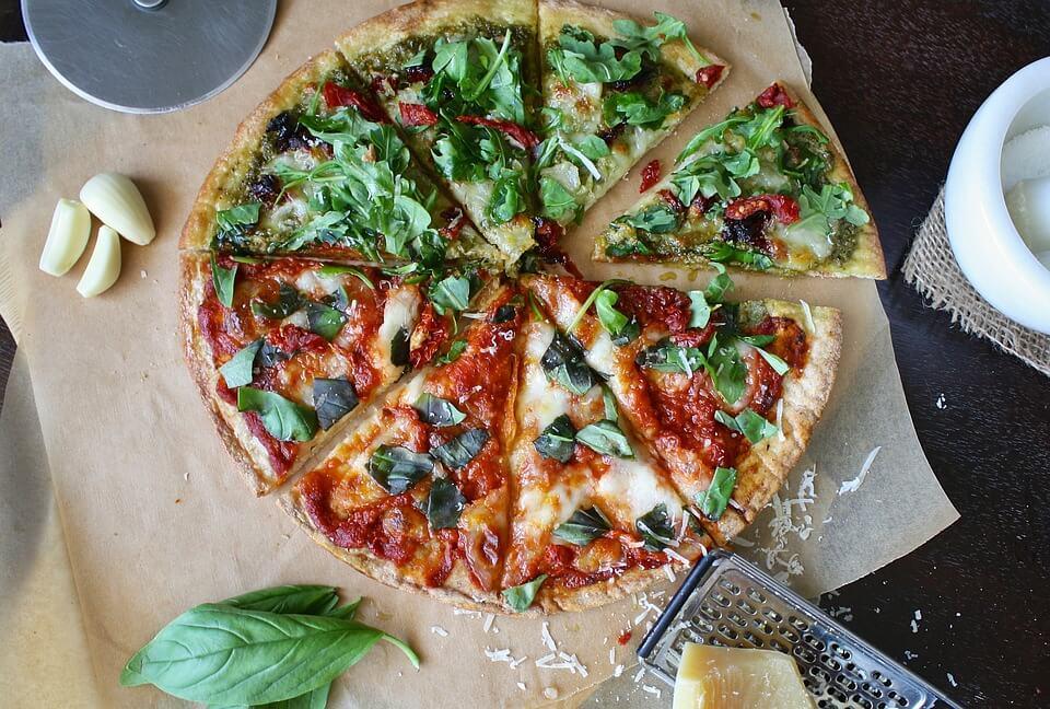 ساندوتش بيتزا