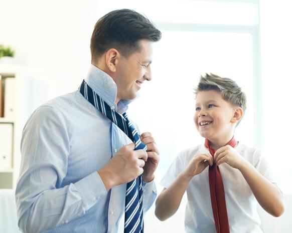 الاباء قدوة لأبنائهم