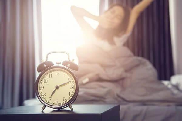 استيقظ مبكرًا للنجاح