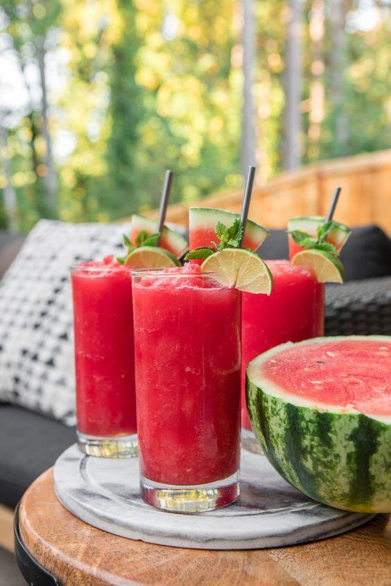 السموثي من أفضل 10 مشروبات لعلاج ارتجاع المرئ