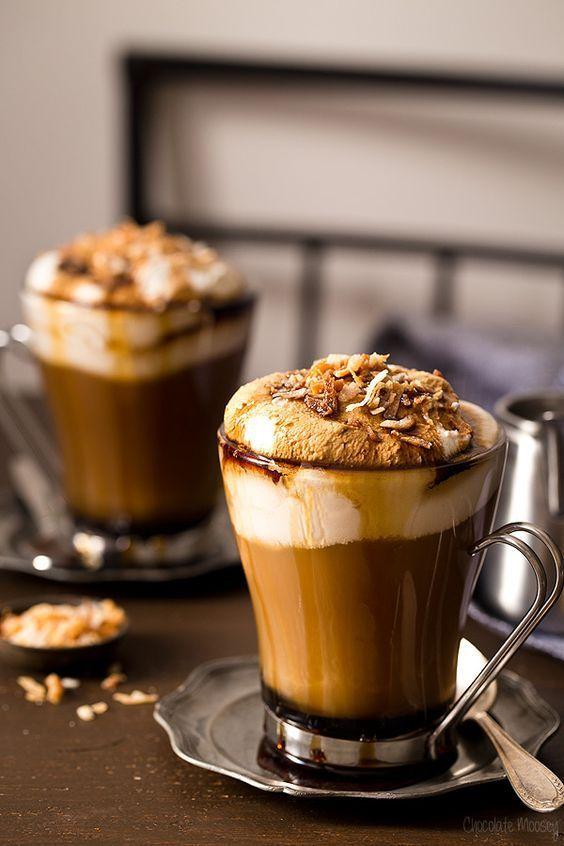 مشروب الكاكاو و الشوكولاته الداكنه