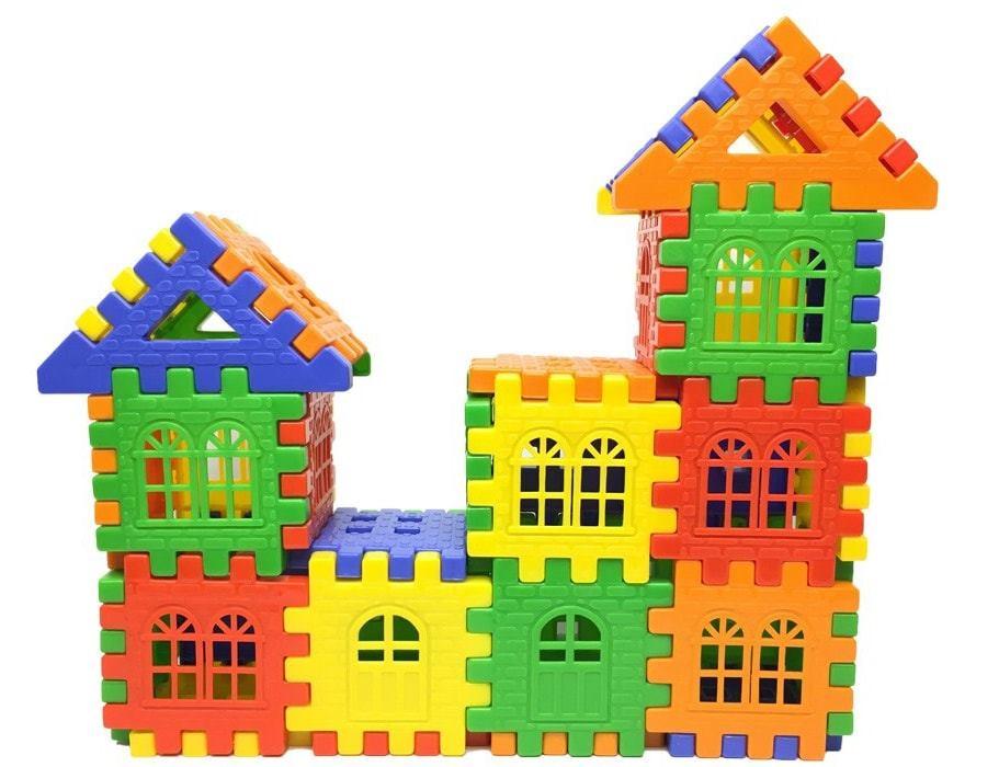 مكعبات بناء منزل بلاستيكية